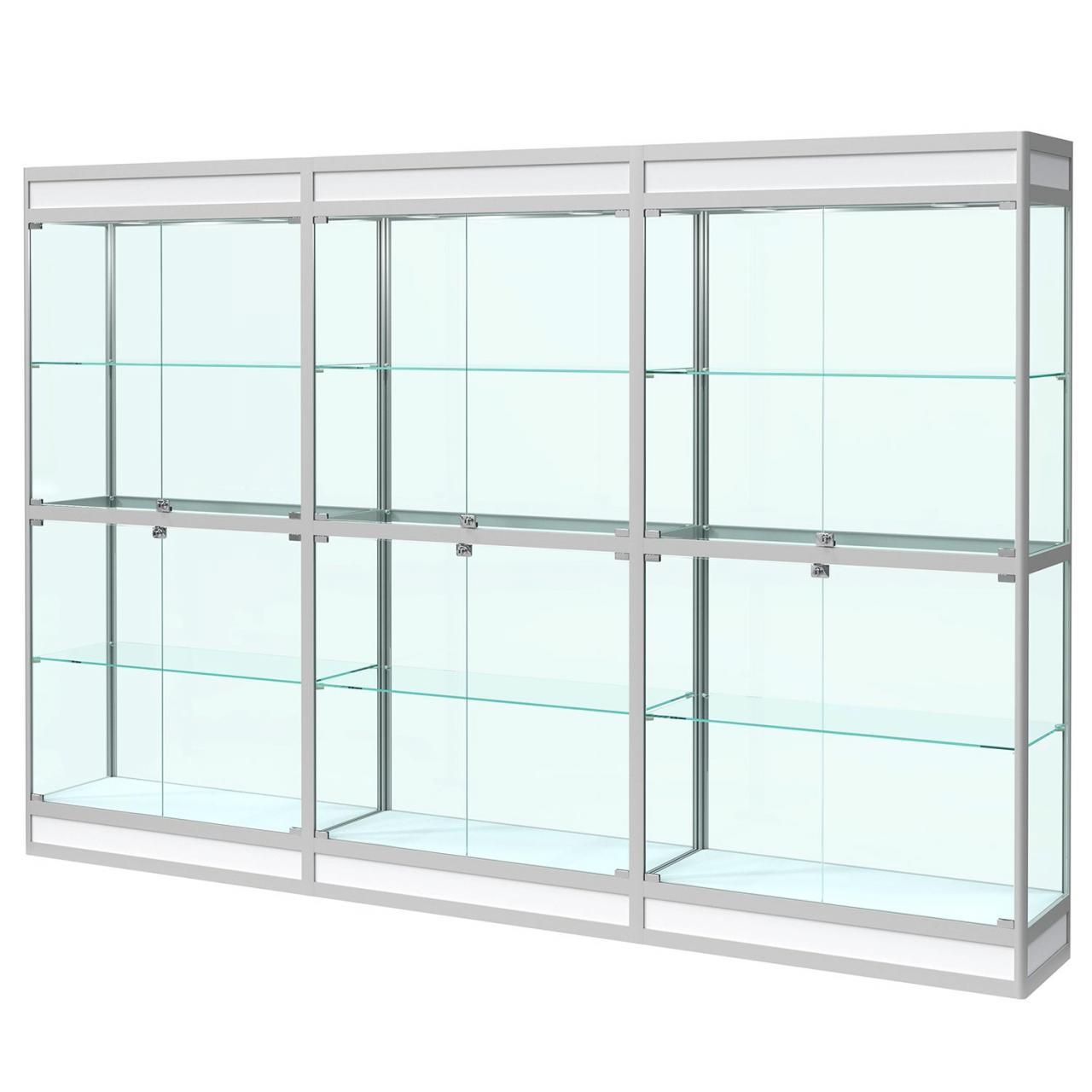Витрина на подиуме с подсветкой. Задняя стенка стекло.